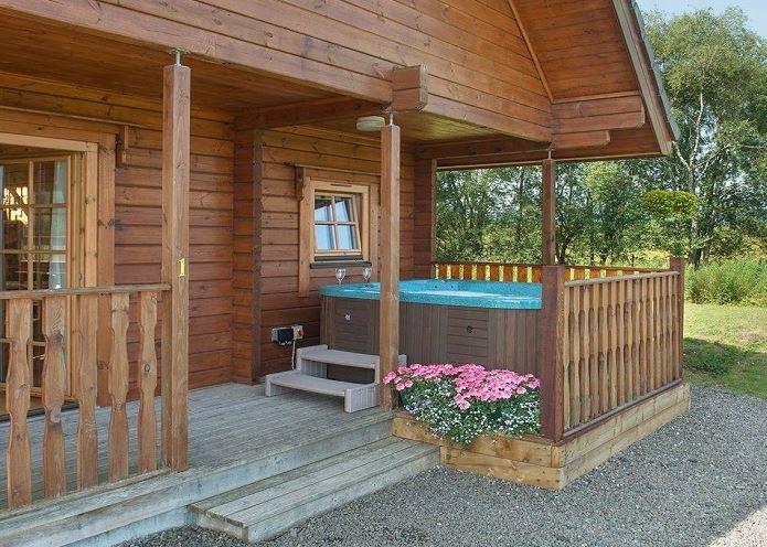 Luxury Scottish Lodges with Hot Tubs
